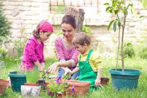 kids and mom gardening